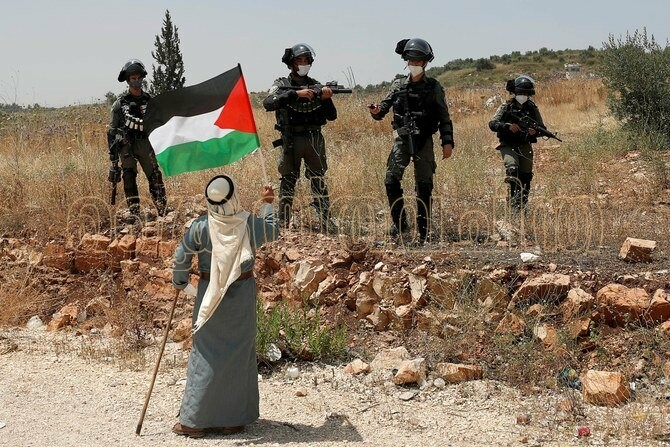 Israel needs to Share the Land with Palestinians and Live in Peace